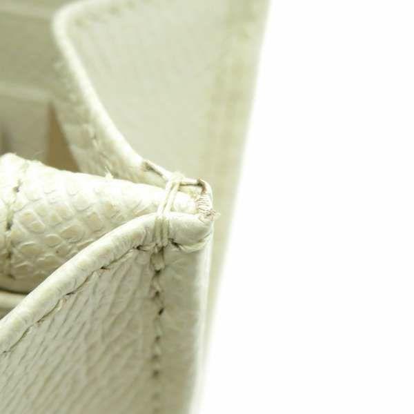 サルヴァトーレ・フェラガモ 長財布 ガンチーニ 22 D150 Ferragamo 財布 二つ折り ホワイト 白