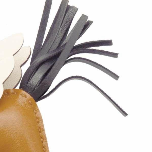 エルメス バッグチャーム ロデオPM ペガサス セサミ/ブラック/ナタ ラムスキン Z刻印 HERMES チャーム オーナメント 黒